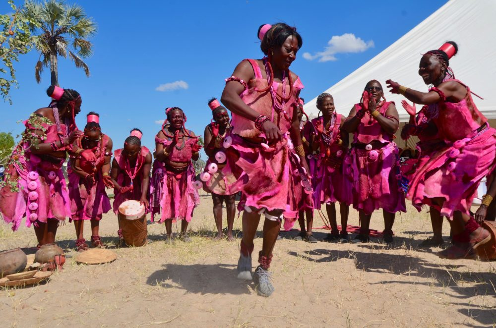 Owambo women dancing