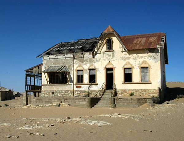 LUDERITZ---KOLMANSKUPPE-ARCHITECT'S-HOUSE.2-1