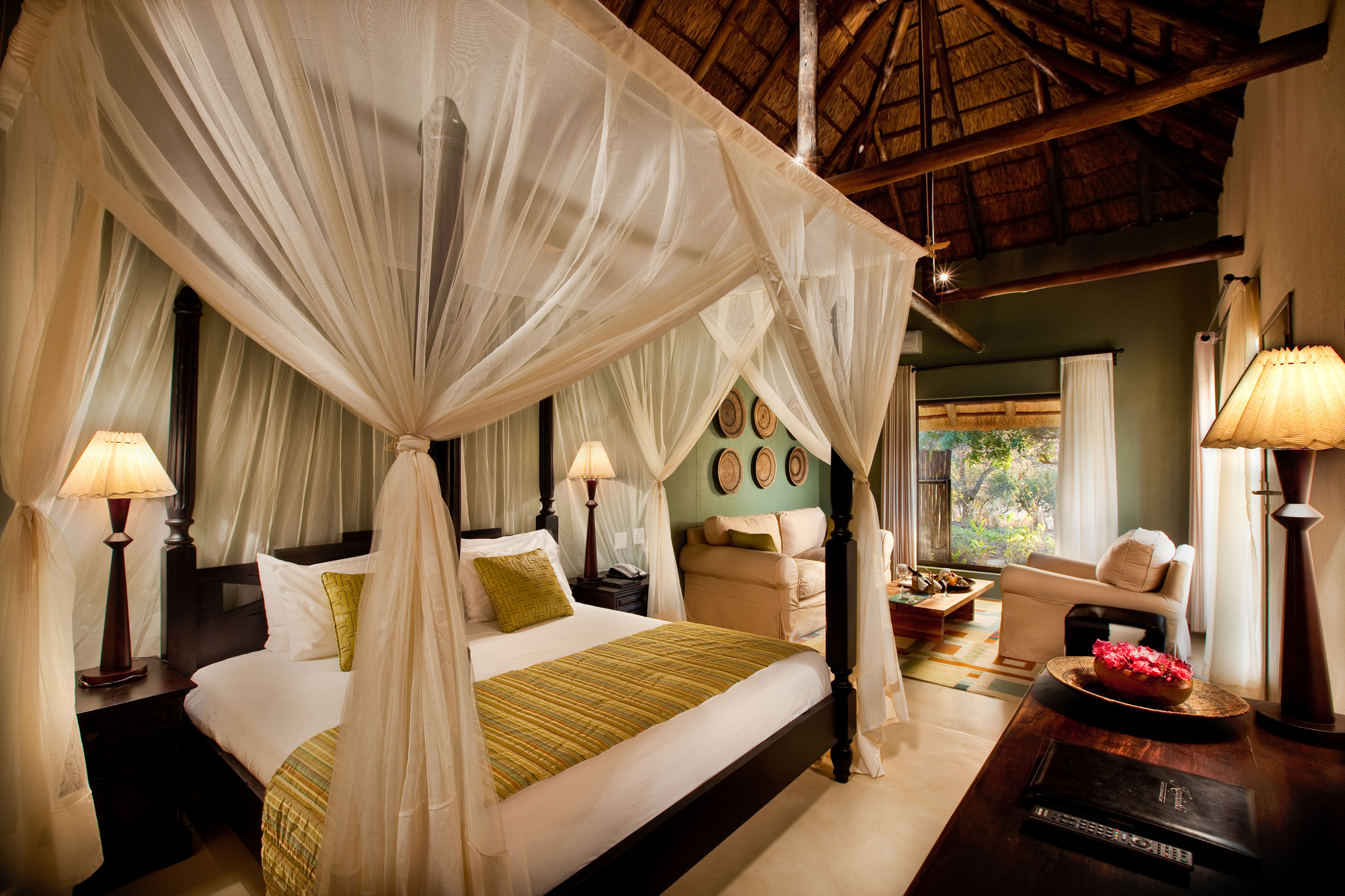 mokuti-etosha-lodge-luxury-room