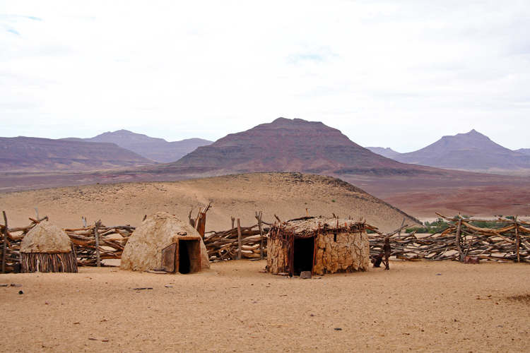 10 >> Puros-Traditional-Village_carmen - Travel News Namibia