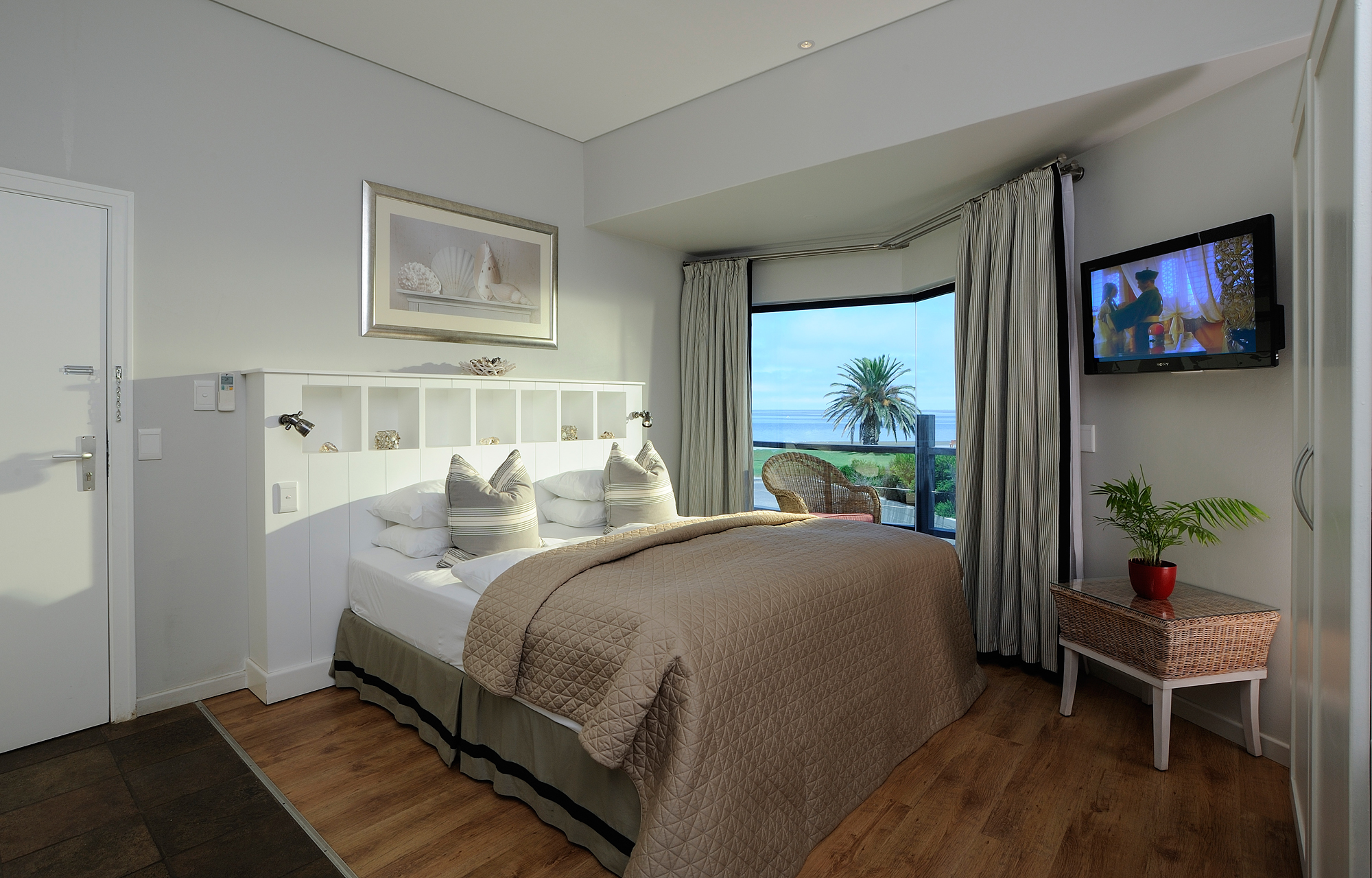 room-with-partial-seaview-oyster-box