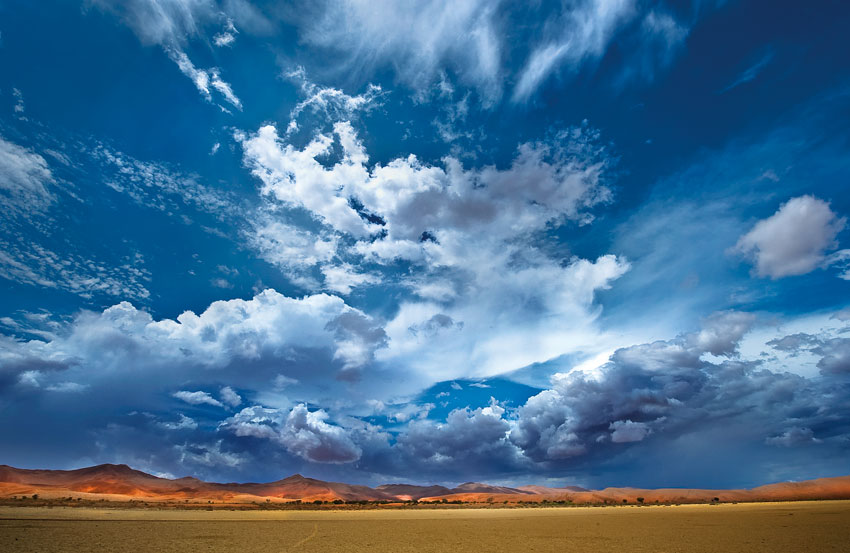Sossusvlei Clouds. Photo ©Paul van Schalkwyk.
