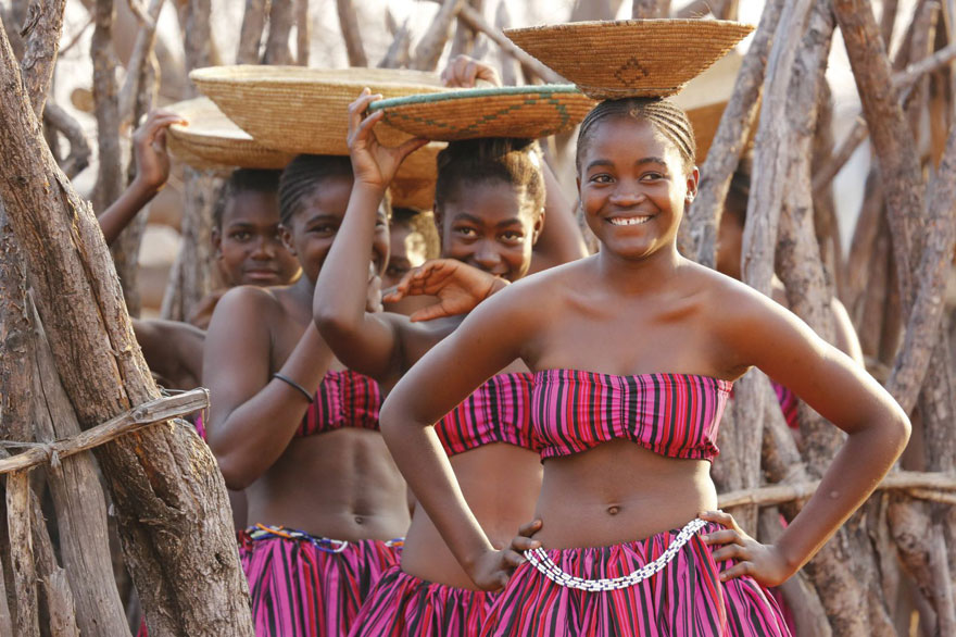 Wambo women in traditional clothes. PHOTO ©Open Africa