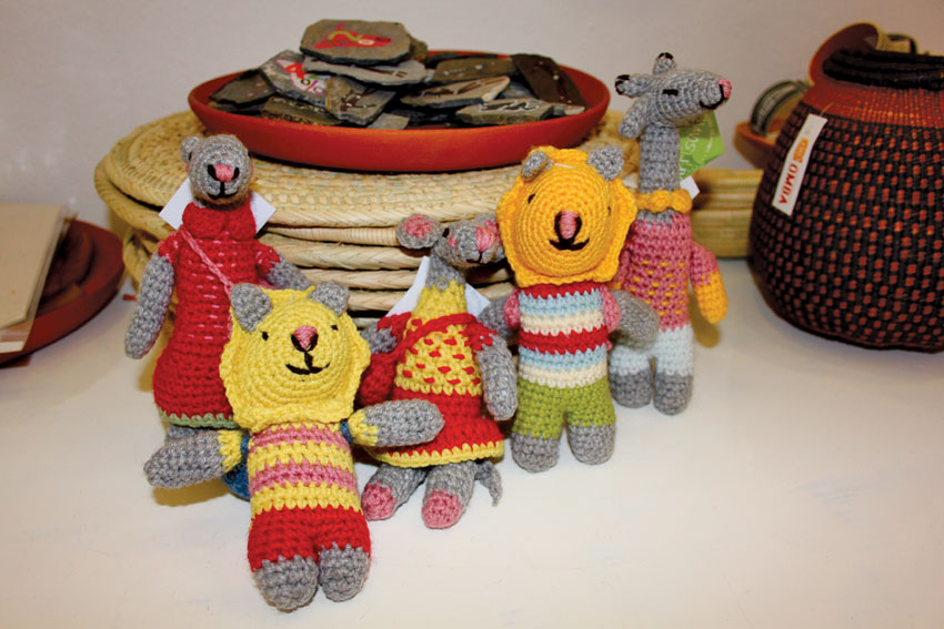 Crochet animals - Omba handcrafted toys.