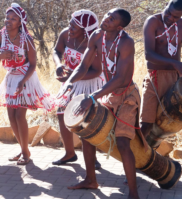 Entertainment was at hand at the start and during breaks. Cultural Namibian performances underlined the unique offerings Africa can provide to visitors.