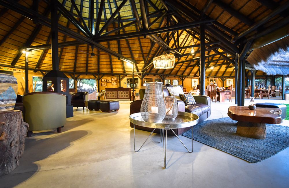 bush_camp_lapa_lounge_1