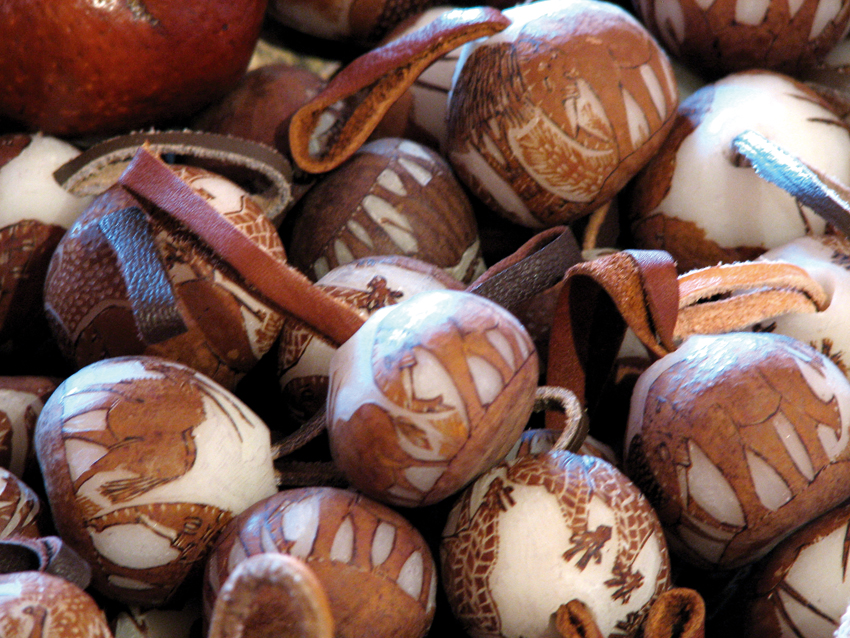 Decorative makalani nuts. Photo ©Ron Swilling